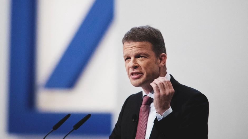Deutsche Bank: Christian Sewing will Stellen abbauen