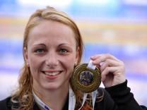 SAMULSKI daniela 50 m Ruecken belegt den 2 Patz Schwimm Europameisterschaften 2010 in Budapest Fin; Sandra Samulski