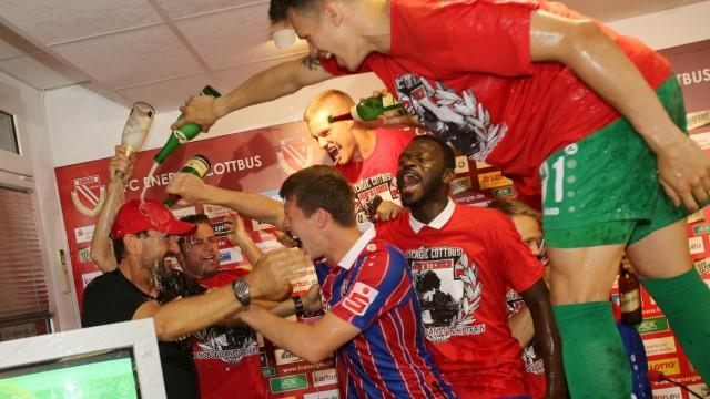 Energie Cottbus v SC Weiche Flensburg 08 - Third League Playoff Leg 2
