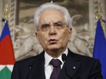 Italien: Präsident Sergio Mattarella spricht nach der gescheiterten Regierungsbildung von Lega und der Fünf-Sterne-Bewegung über mögliche Neuwahlen.