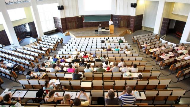 Weiter nur wenige Studenten aus Nicht-Akademiker-Familien
