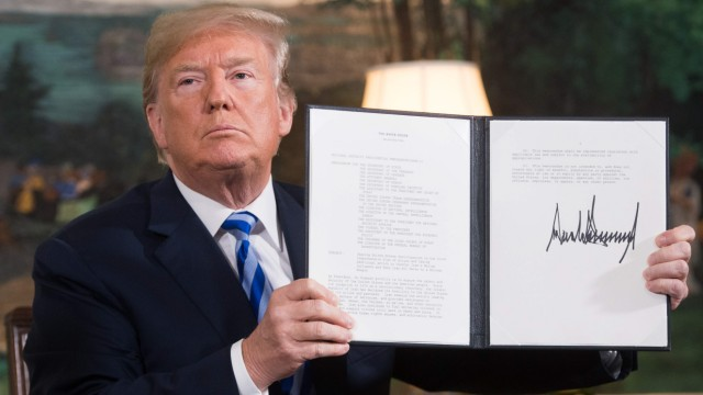 Donald Trump announces his decision on US sanctions relief that underpins the nuclear deal with Iran