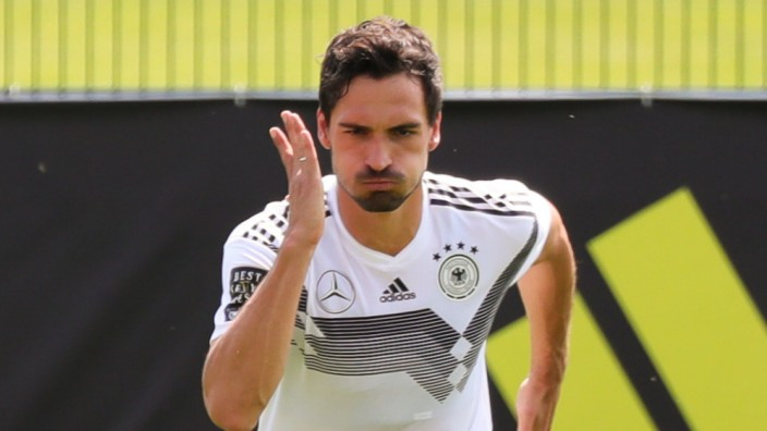 Deutsche Nationalmannschaft: Mats Hummels bereitet sich im Trainingslager in Südtirol auf die Fußball-Weltmeisterschaft 2018 in Russland vor.