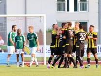 Kirchanschöring - Wolfratshausen 4:1. Relegationshinspiel. Foto: Oliver Rabuser
