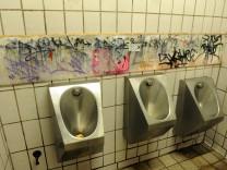 Öffentliche Toilette in München, 2013