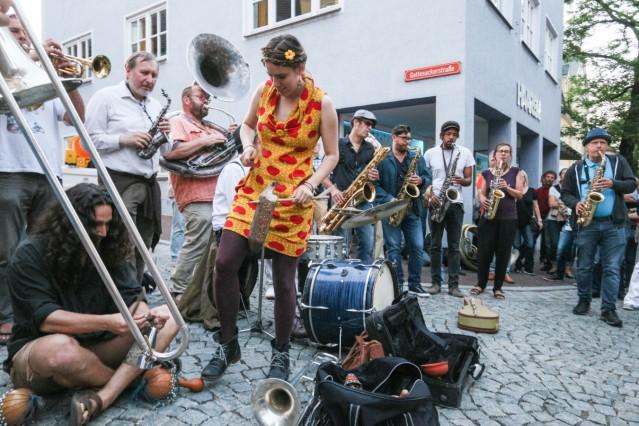 Jazz in allen Gassen
