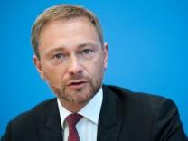 FDP-Chef Christian Lindner auf einer Pressekonferenz zum Antrag der FDP zu einem Bamf-Untersuchungsausschuss.