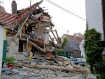 Wohnhaus im Himmelstadt nach Verpuffung eingestürzt