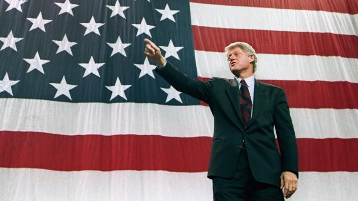 Democratic presidential candidate Bill Clinton in