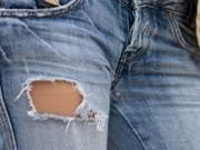 Zerrissene Jeans; iStockphotos