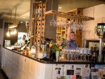 Happy Hour: Weinbistro Hoiz am Sebastiansplatz 3