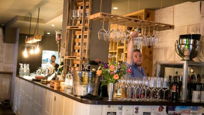 Bar Hoiz in der Altstadt: Entspannt einen Wein trinken ...