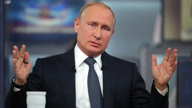 Wladimir Putin Putin in seiner jährlichen TV-Bürgerfragestunde