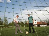 Brunnthal, Sportverein, die beiden Sportvereinsvorsitzenden von Brunnthal und Hofolding