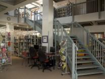 Gröbenzell: Bücherei / Gemeindebücherei / Verschönerung