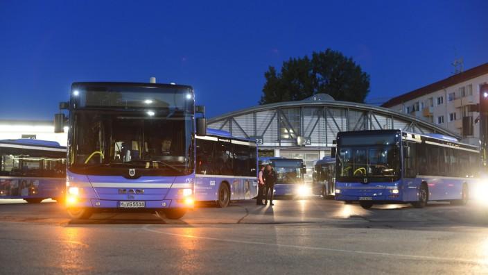 Münchner Nahverkehr Alle U Bahnen bleiben im Depot