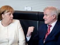 Merkel Seehofer Flüchtlingspolitik Union