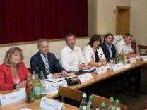 IHK-Regionalausschuss München, Diskussion mit Kandidaten Landtagswahl im Gasthof Neuwirt, Garching
