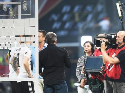 """Berichterstattung über Fußball-WM: """"Das ist sprachlicher Schrott"""""""