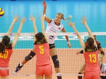 Stuttgart Volleyball Nations League Deutschland vs China Maren Fromm Deutschland *** Stutt