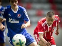 München: FUSSBALL B-Junioren Bundesliga / FCB v SpVgg Unterhaching