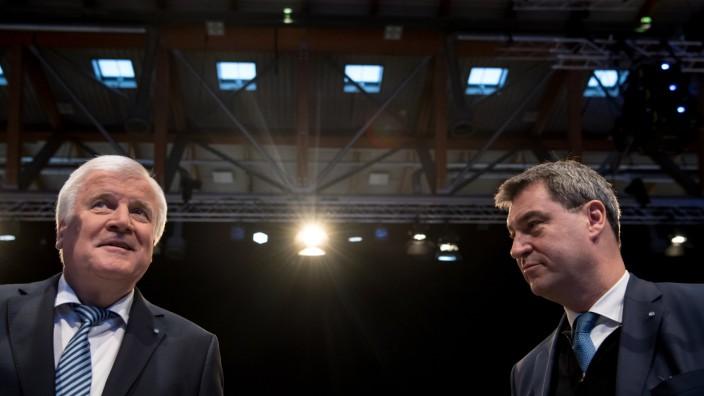 CSU-Chef Horst Seehofer und Ministerpräsident Markus Söder auf dem CSU-Parteitag 2017 in Nürnberg.