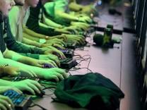 Computerspieler beim NRW-Games-Gipfel