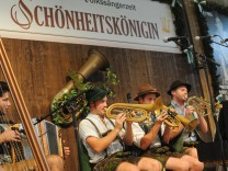 """Bierzelt """"Zur Schönheitskönigin"""" auf dem Münchner Oktoberfest, 2017"""