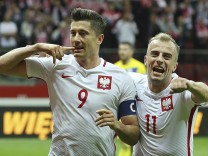 Robert Lewandowski, Kamil Grosicki