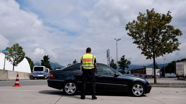 Grenzkontrolle an der deutsch-österreichischen Grenze