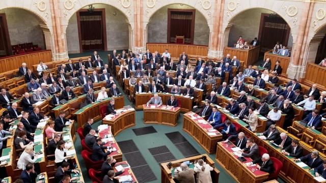 Das ungarische Parlament in Budapest