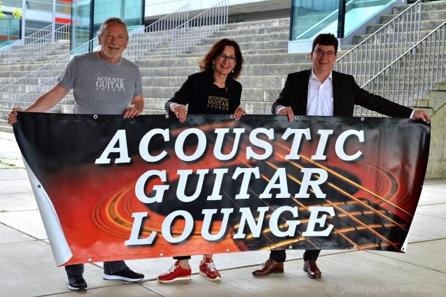 Acoustic Guitar Lounge