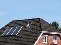 Gealterte Flüssigkeit kann Ertrag von Solarthermieanlage senken
