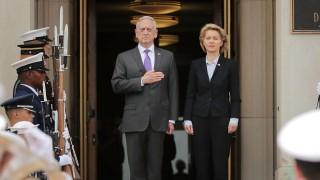 Secretary Of Defense Of Mattis Hosts Honor Cordon For Germany's Defense Minister Ursula von der Leyen