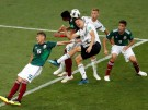 2018-06-18T053732Z_769919822_RC16FE91EE20_RTRMADP_3_SOCCER-WORLDCUP-GER-MEX