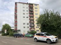 Bei einem Familiendrama in Gunzenhausen in Mittelfranken sind vier Menschen gestorben.