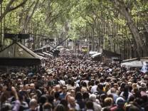 APTOPIX Spain Saint Jordi Day