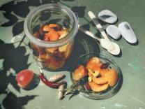 Aprikosen Küchenseite