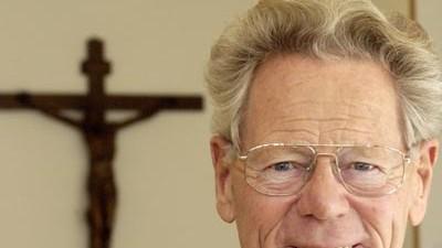 Wirtschaftsethik Theologe Küng ruft Wirtschaftsethos aus