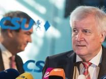 CSU im Umfragetief: Seehofer weist Söder-Kritik zurück