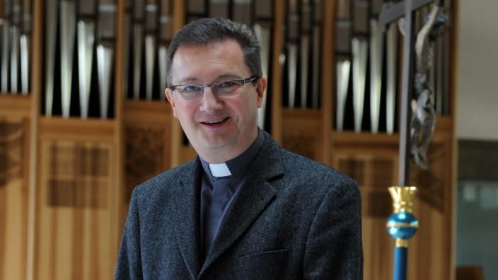 Georg Rieger Pfarrer im Pfarrverband Laim, 2011