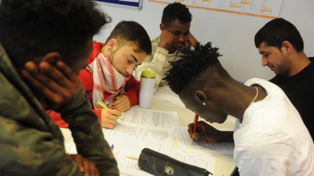 An der Schlau-Schule in München können Flüchtlinge einen Schulabschluss machen.