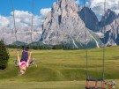Familienhotel_spielplatz_alpe di siusi_italien_ales-krivec-335251-unsplash