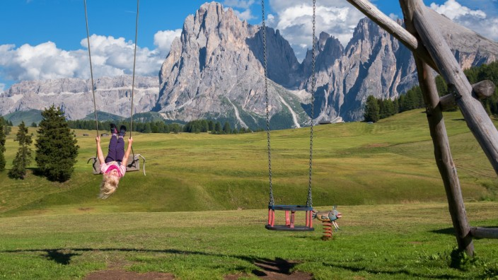 Familie Hotel Familienhotel Spielplatz Kind Kinder Berge