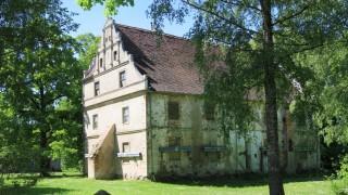Blick am Sonnabend 27 05 2017 auf das Wasserschloss in Quilow Vorpommern Greifswald Das Schloss