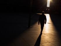 """Sonne in Köln; """"Viele Männer verdrängen jahrelang, dass sie missbraucht wurden"""""""