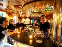Das Drugstore in Schwabing ist eine legendäre Bar in München.