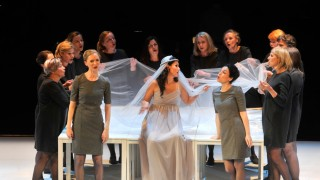 Starnberg: Schloßberghalle Oper Medea