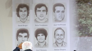 Überlebende und Angehörige gedenken in Fürstenfeldbruck den Opfern des Olympia-Attentats von 1972, 2012