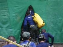 Höhlendrama Thailand - Rettungsaktion startet